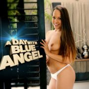 Lifeselector – A day with Blue Angel